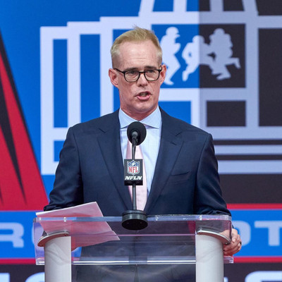 Fox Sports Broadcaster Joe Buck Prepares for Busiest Month of the Year